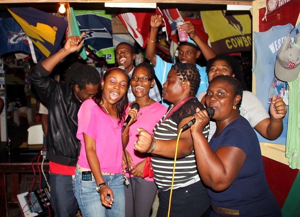 Nevis (145)