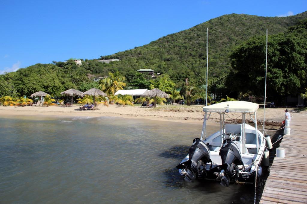 Nevis (70)